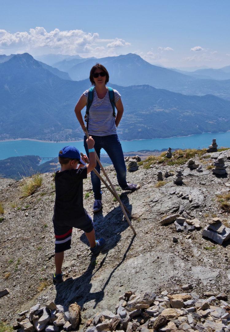 Randonnée en montagne à Serre-Ponçon