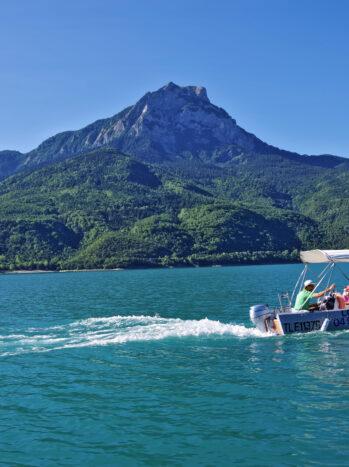Découverte en bateau du lac de Serre-Ponçon