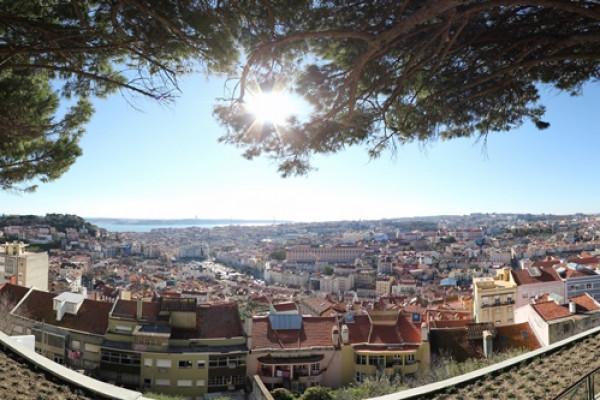 Lisbon Viewpoints Tuk Tuk Tour
