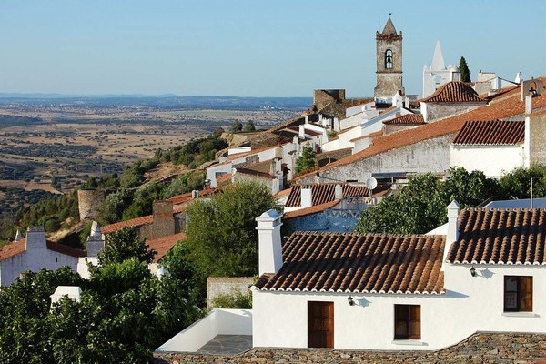 Full Day Guided Tour to Évora & Monsaraz