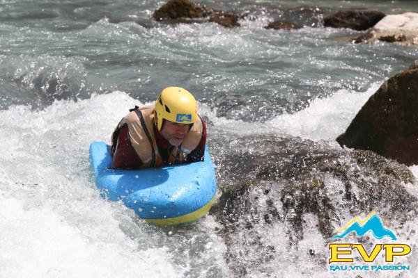 Nage en eau vive (hydrospeed) sur l'Ubaye
