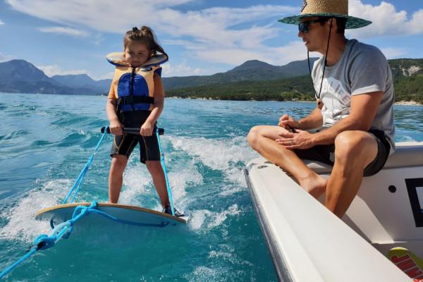 Ski nautique - Wakeboard - Baby ski - Plage de la Baie Saint Michel